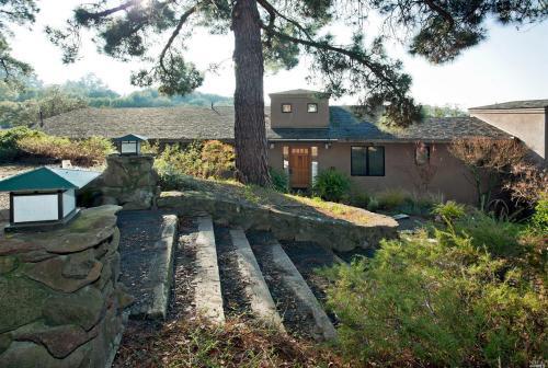 Search for Local 50 Singles in Santa Rosa