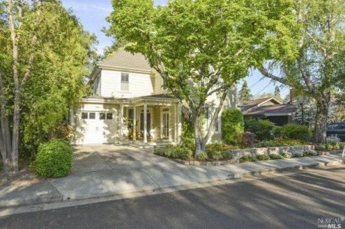 677 Oak Lane, Sonoma Photo